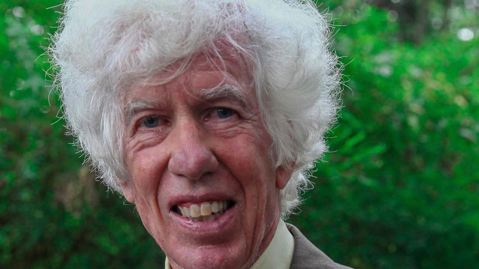 An American spent decades exposing the ivory trade. He was just found dead in his home.