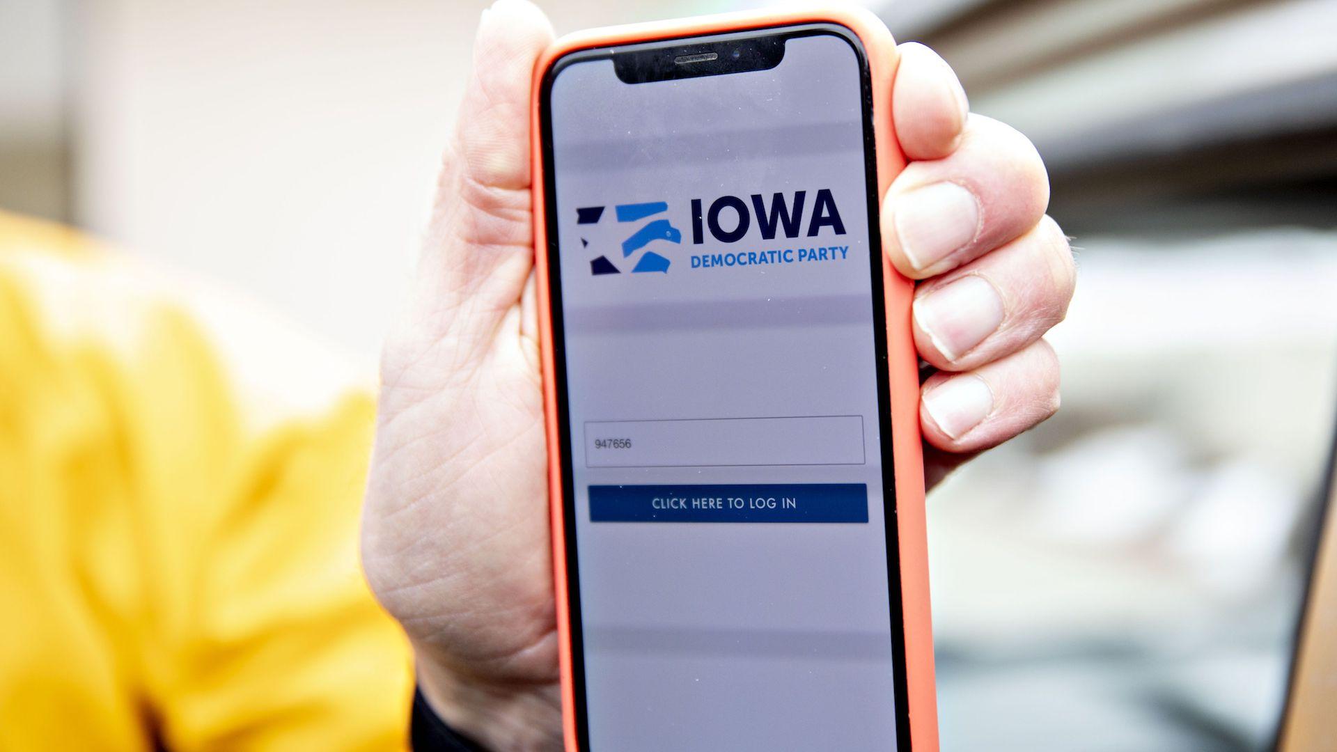 Hasil gambar untuk democratic chair calls for recanvass in iowa as national leaders raise new questions about handling of app