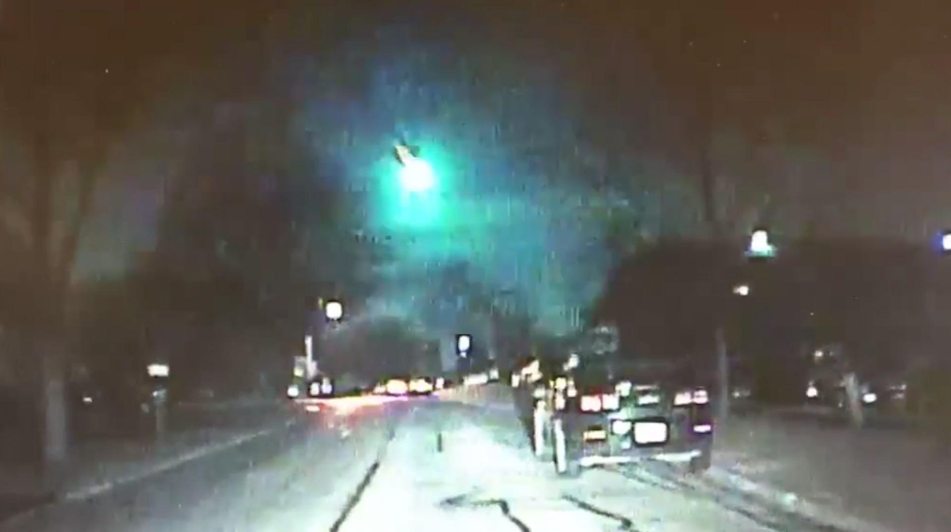 Meteor lights up night sky in Illinois - The Washington Post