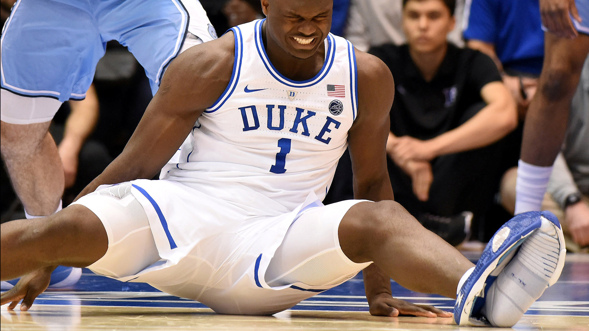 After Zion Williamson's shoe fails, Nike stock takes minor fall