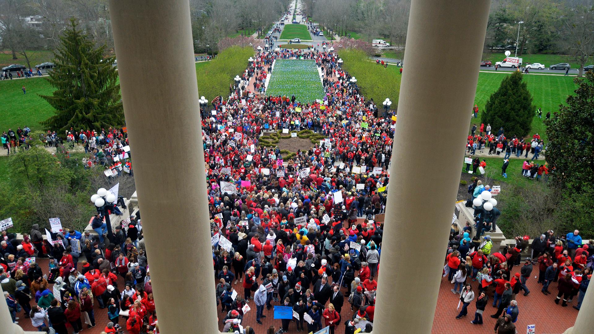 Teachers Descend On Kentucky State Capitol The Washington Post
