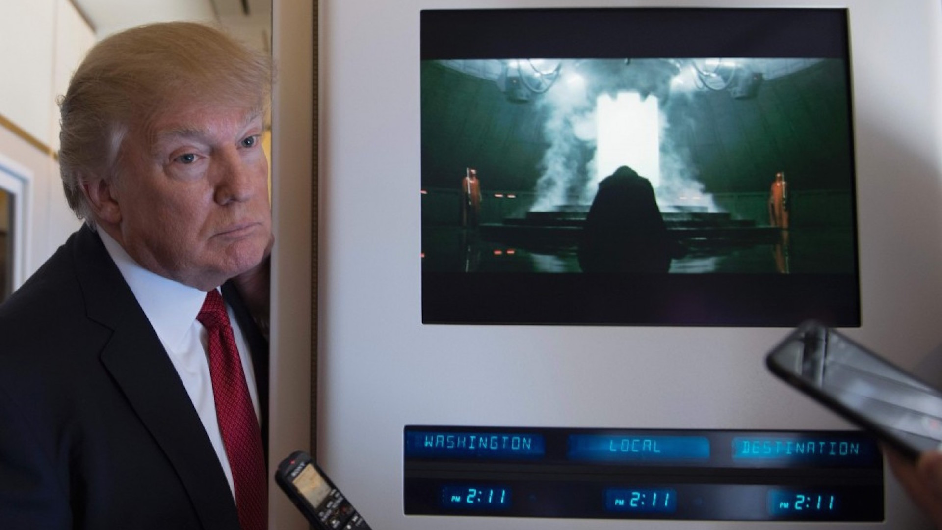 Rogue One A Star Wars Story Plays As Trump Answers Questions Aboard Air Force One The Washington Post