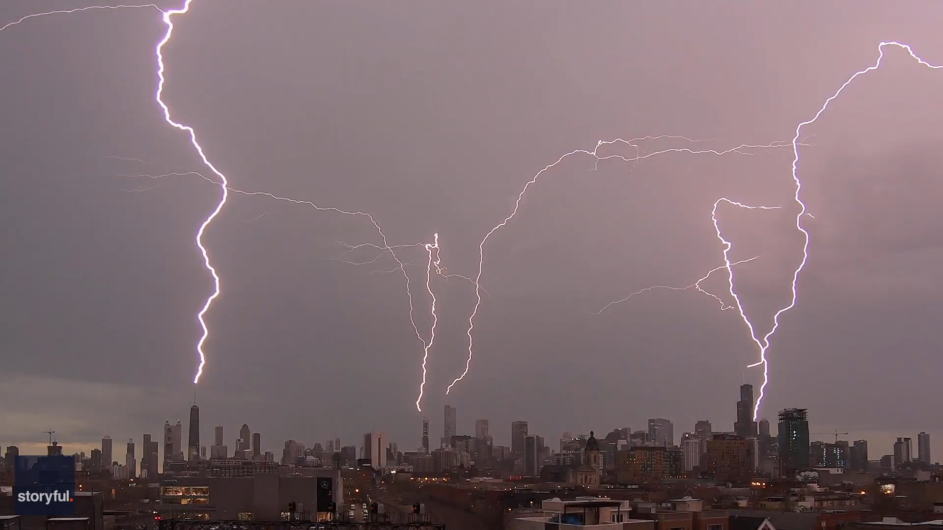 Lightning zapped four of Chicago's tallest skyscrapers at once Monday. Here's how.