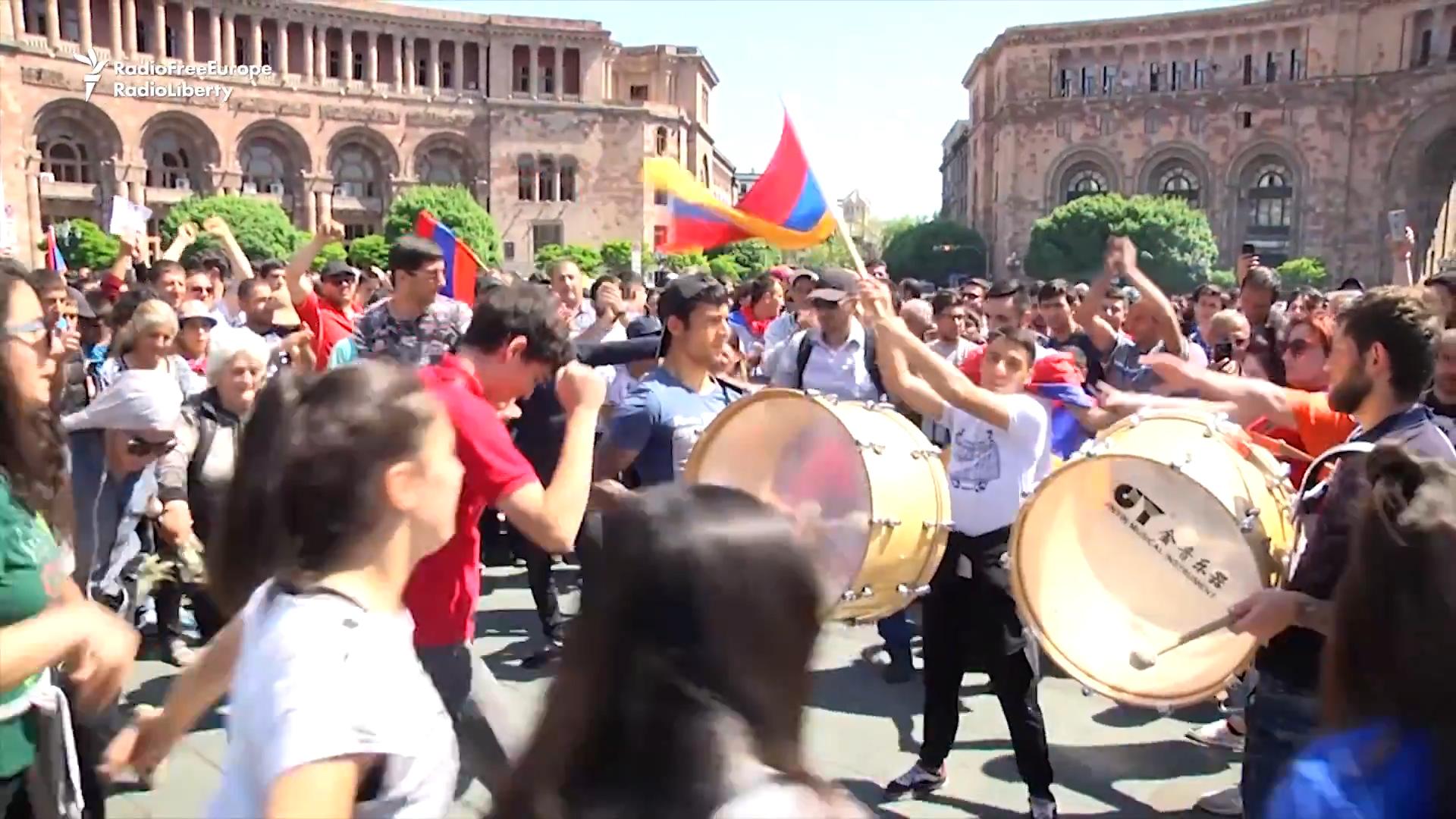 Did Armenia just dance its way to revolution?