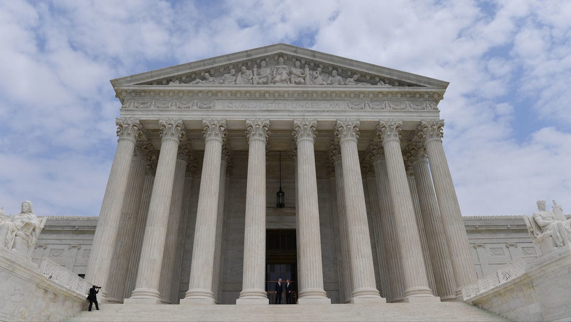 Supreme Court rules that companies can require workers to accept individual arbitration
