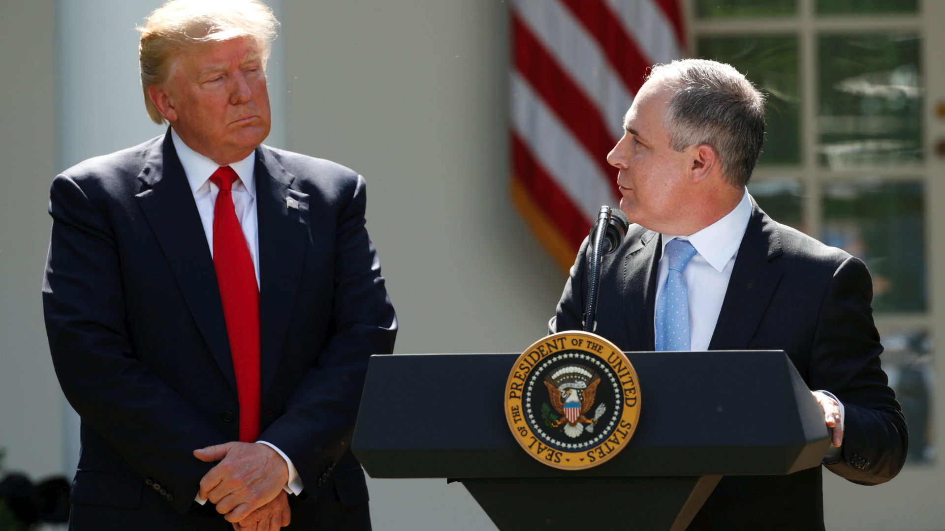 EPA now requires political aide's sign-off for agency awards, grant applications