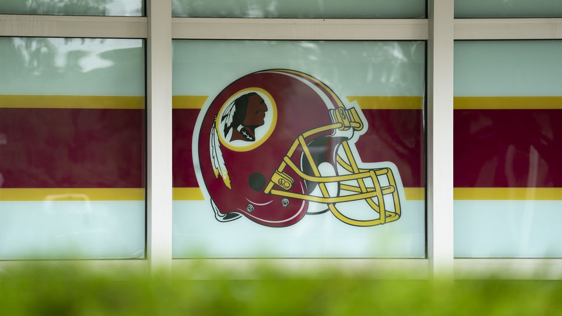 The Redskins will retire name after decades of controversy