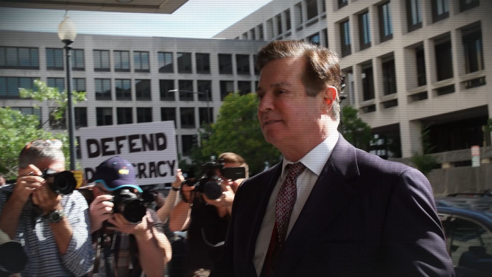 Paul Manafort a 'hardened' and 'bold' criminal, Mueller prosecutors tell judge
