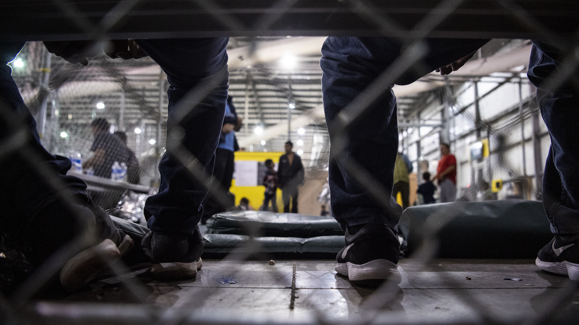 Trump administration moves to terminate court agreement, hold migrant children and parents longer