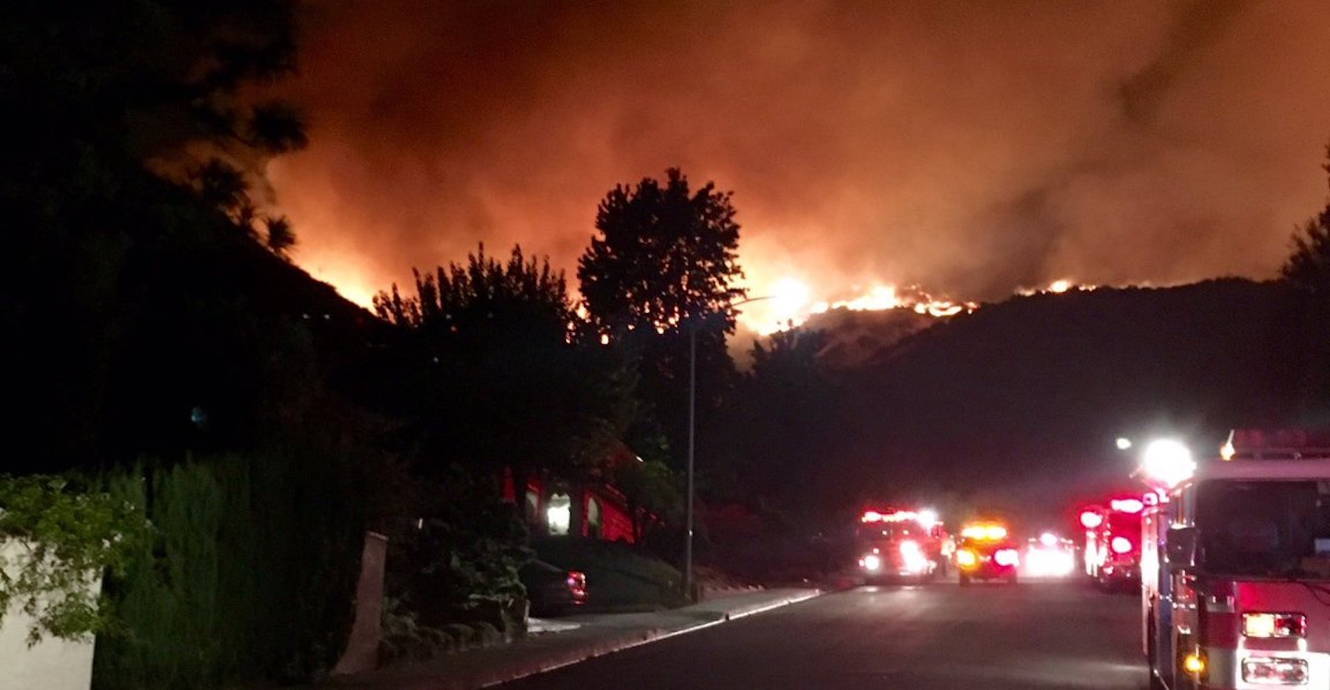 Largest fire in Los Angeles history forces hundreds to evacuate