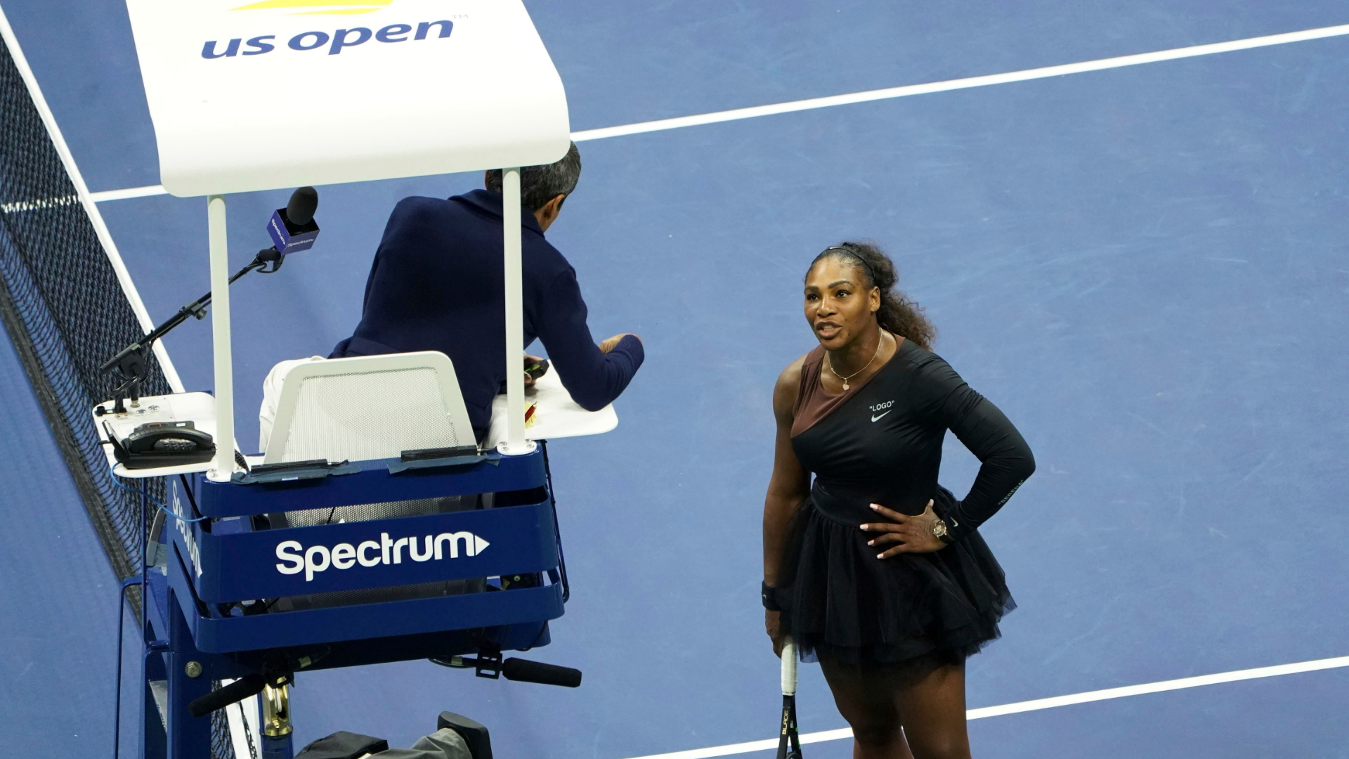 Serena Williams was out of line, say Martina Navratilova and Mary Carillo