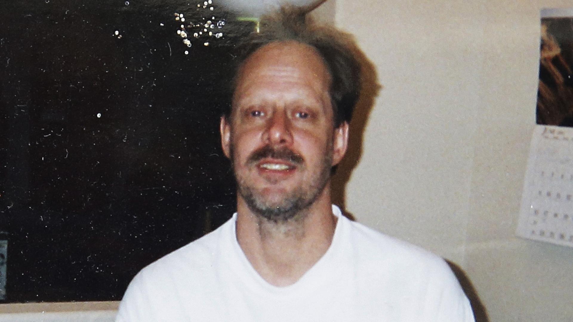 Las Vegas gunman Stephen Paddock was a high-stakes gambler who 'kept to himself' before massacre
