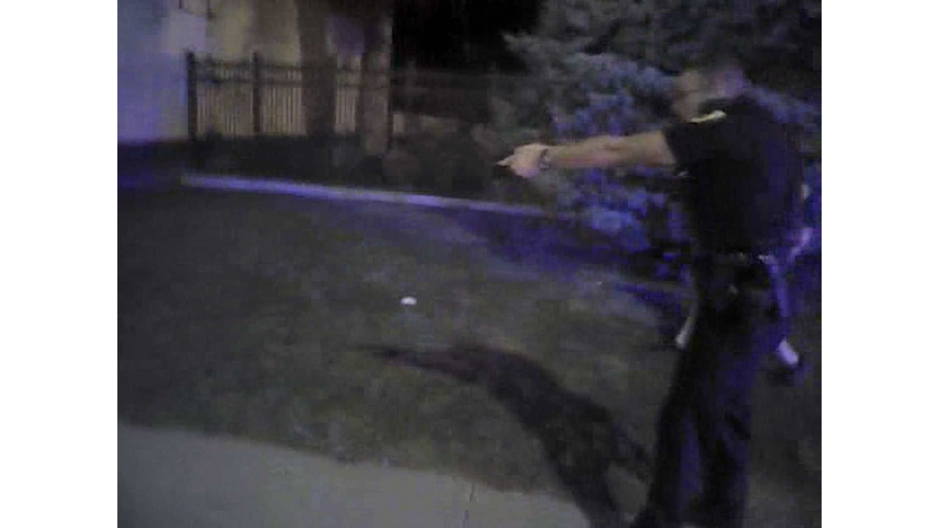 Police bodycam shows officer fatally shoot a man who ran. Prosecutors say it was justified.