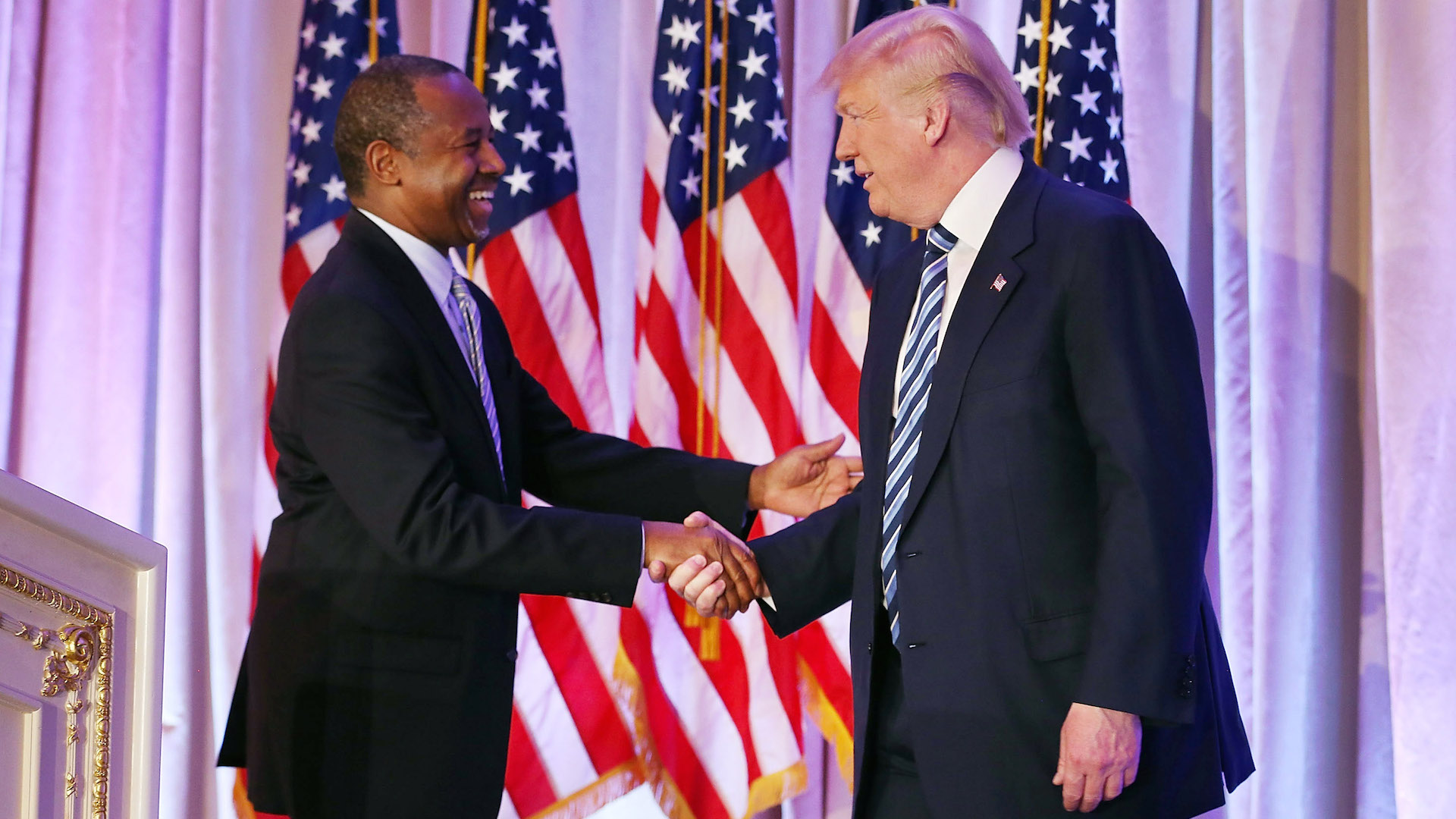 Trump nominates Carson to lead U.S. housing, urban policy