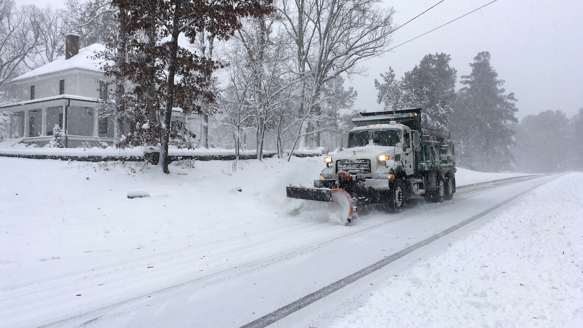 At least two dead, thousands without power after historic snowstorm in North Carolina