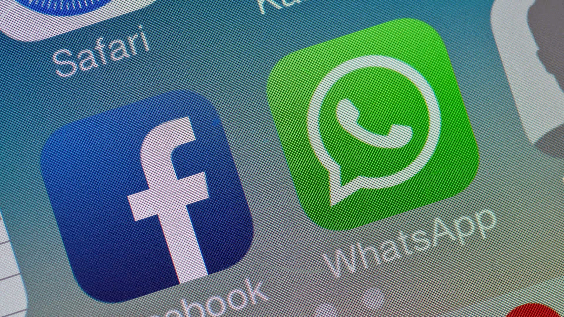 WhatsApp founder plans to leave after broad clashes with parent Facebook