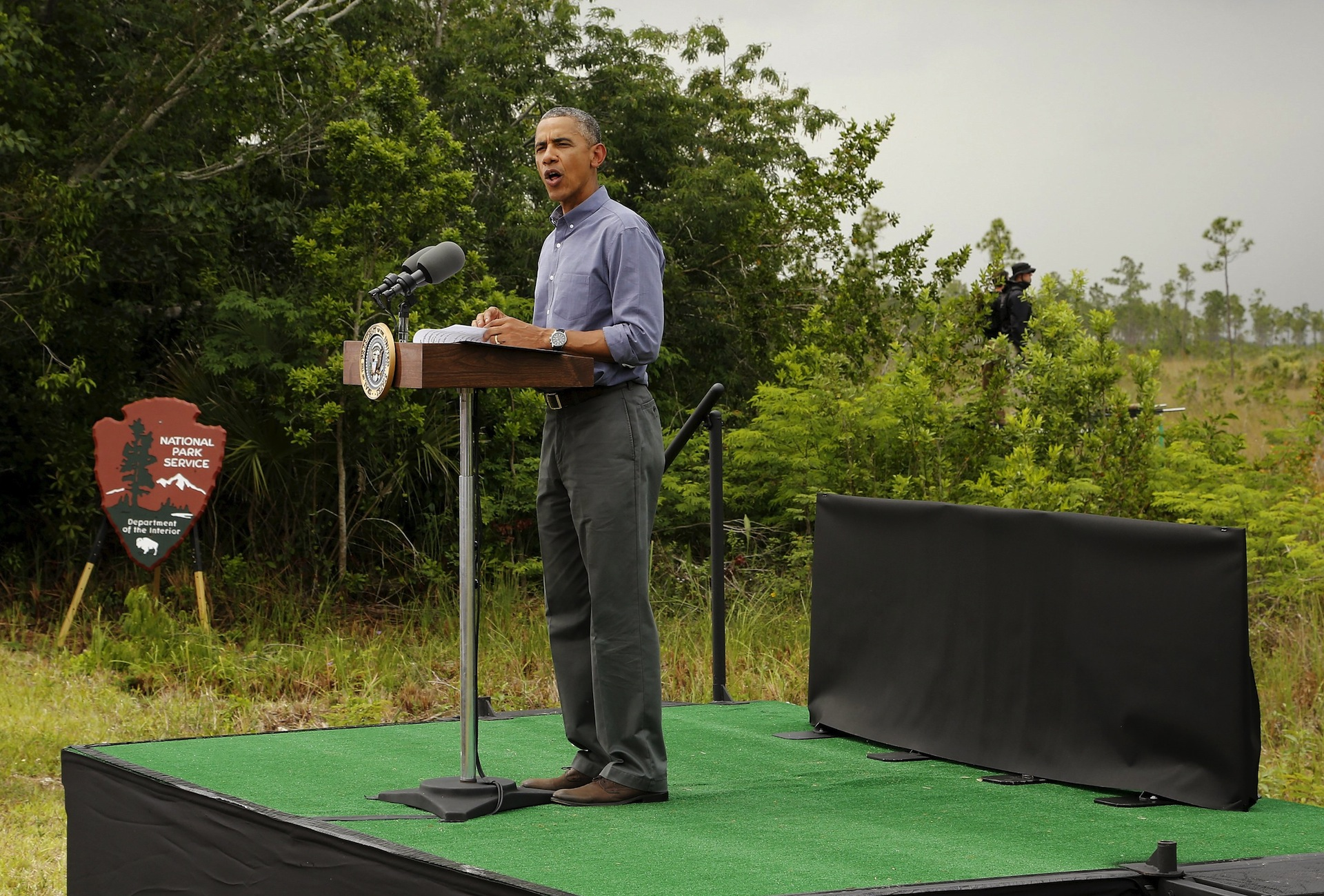 Obama issues stark warning on climate change in South Florida on Earth Day