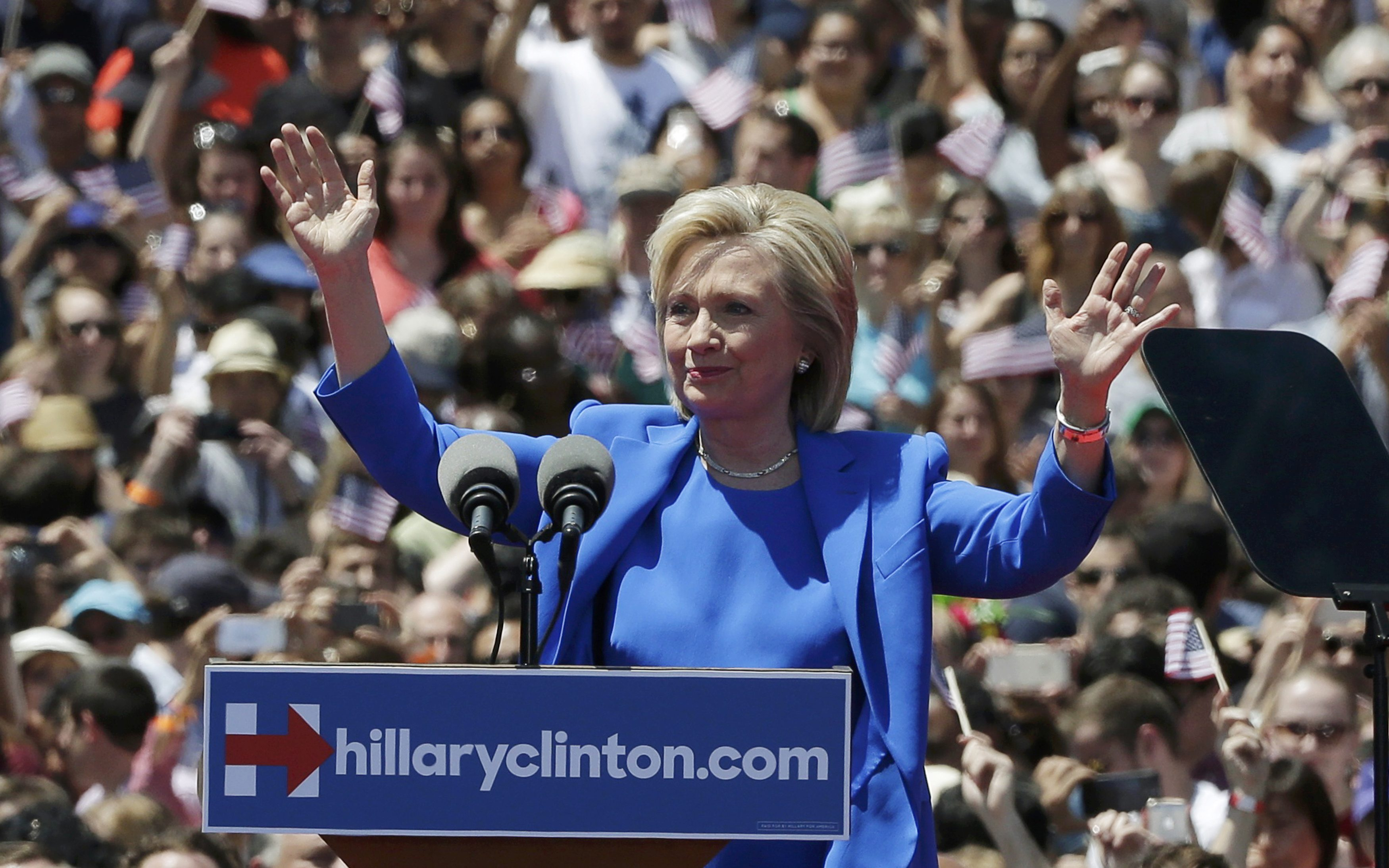 Clinton distances herself from Obama's style, if not his substance
