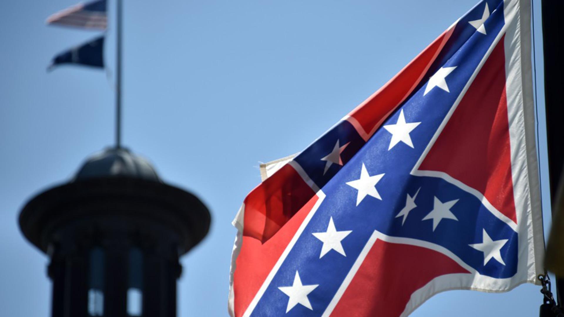 Church killings ignite furor anew over S.C. Capitol's Confederate flag