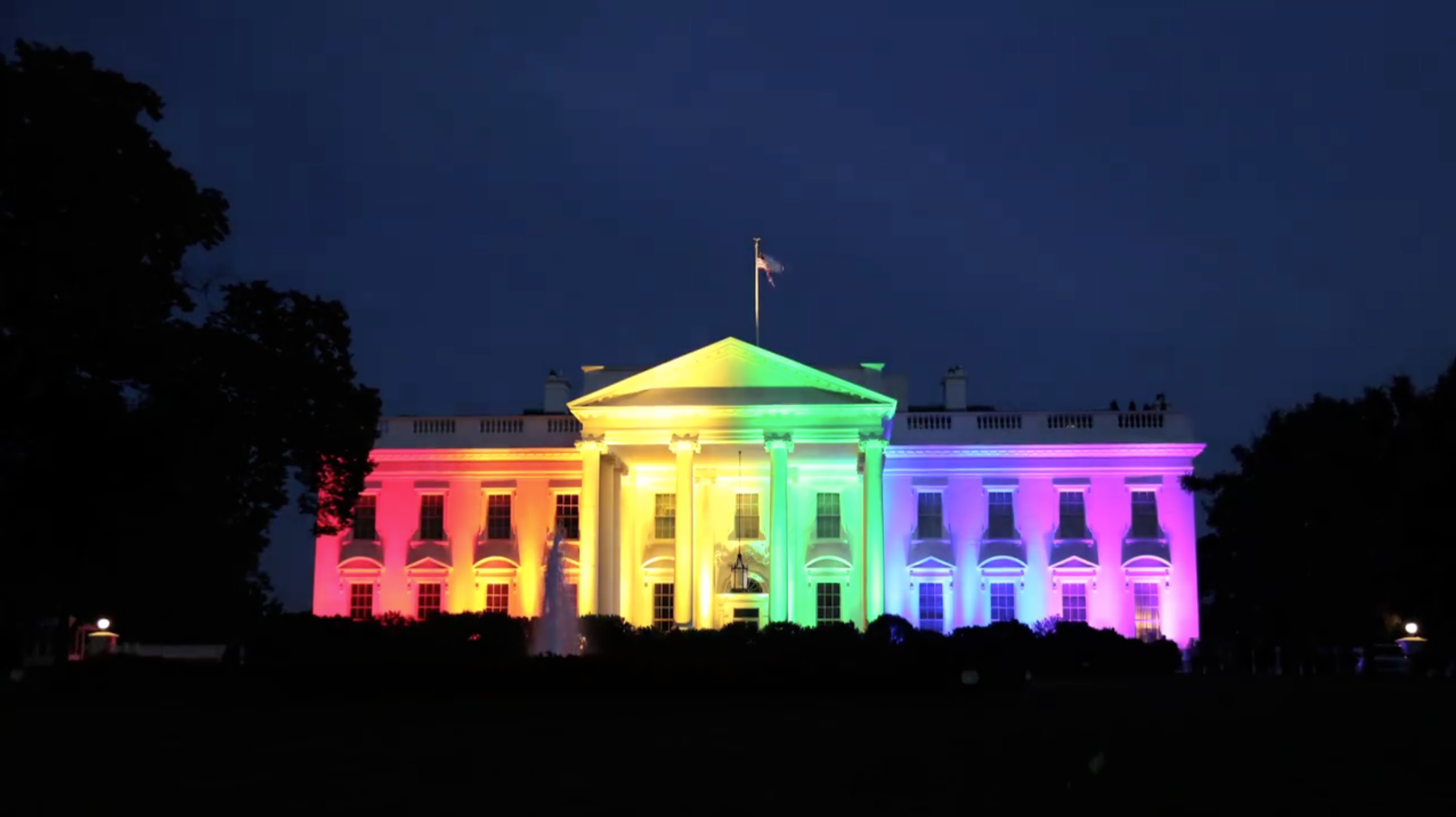 Timelapse: White House beams in rainbow color lights - The ...