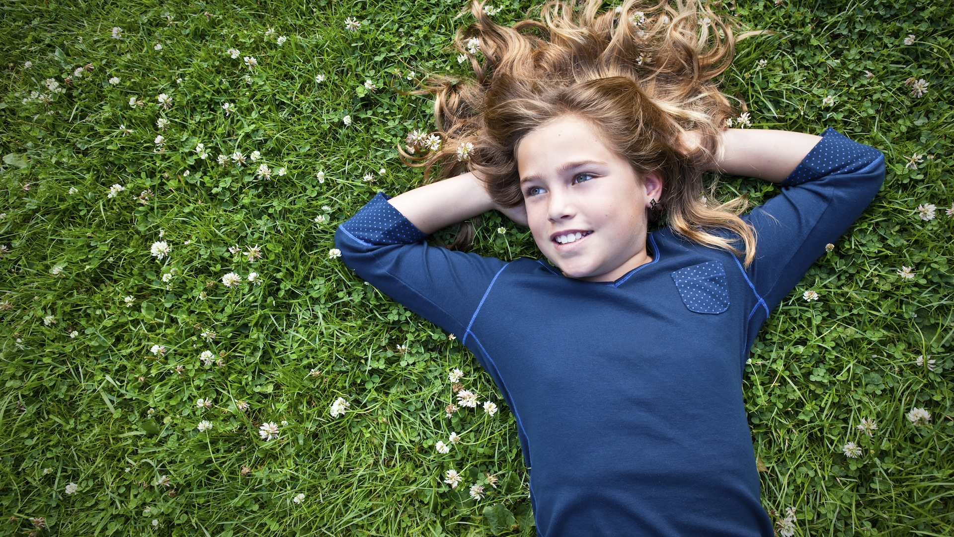 Are you holding your own daughter back? Here are 5 ways to raise girls to be leaders.