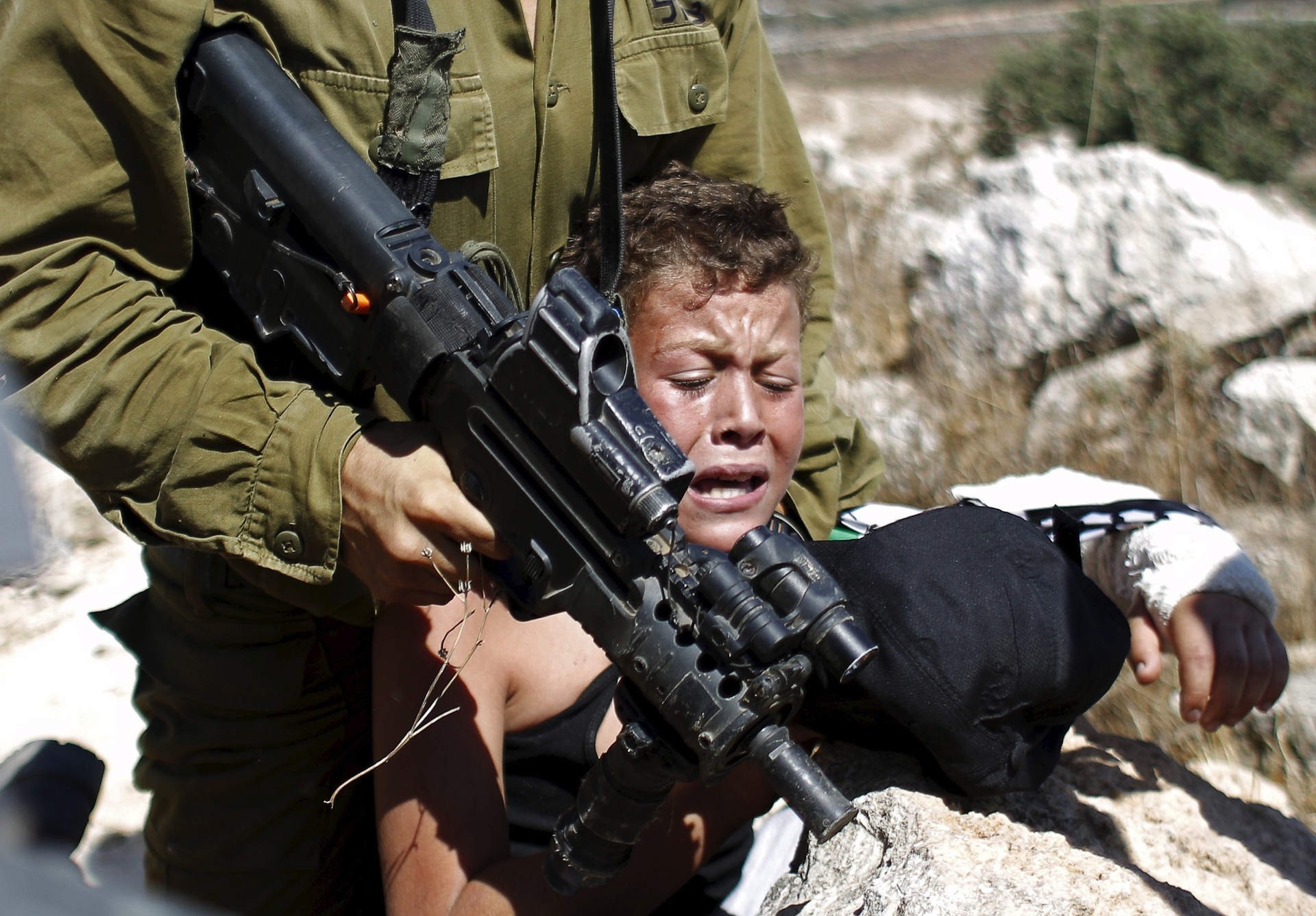 This viral video of an Israeli soldier trying to arrest a Palestinian boy says a lot - The Washington Post