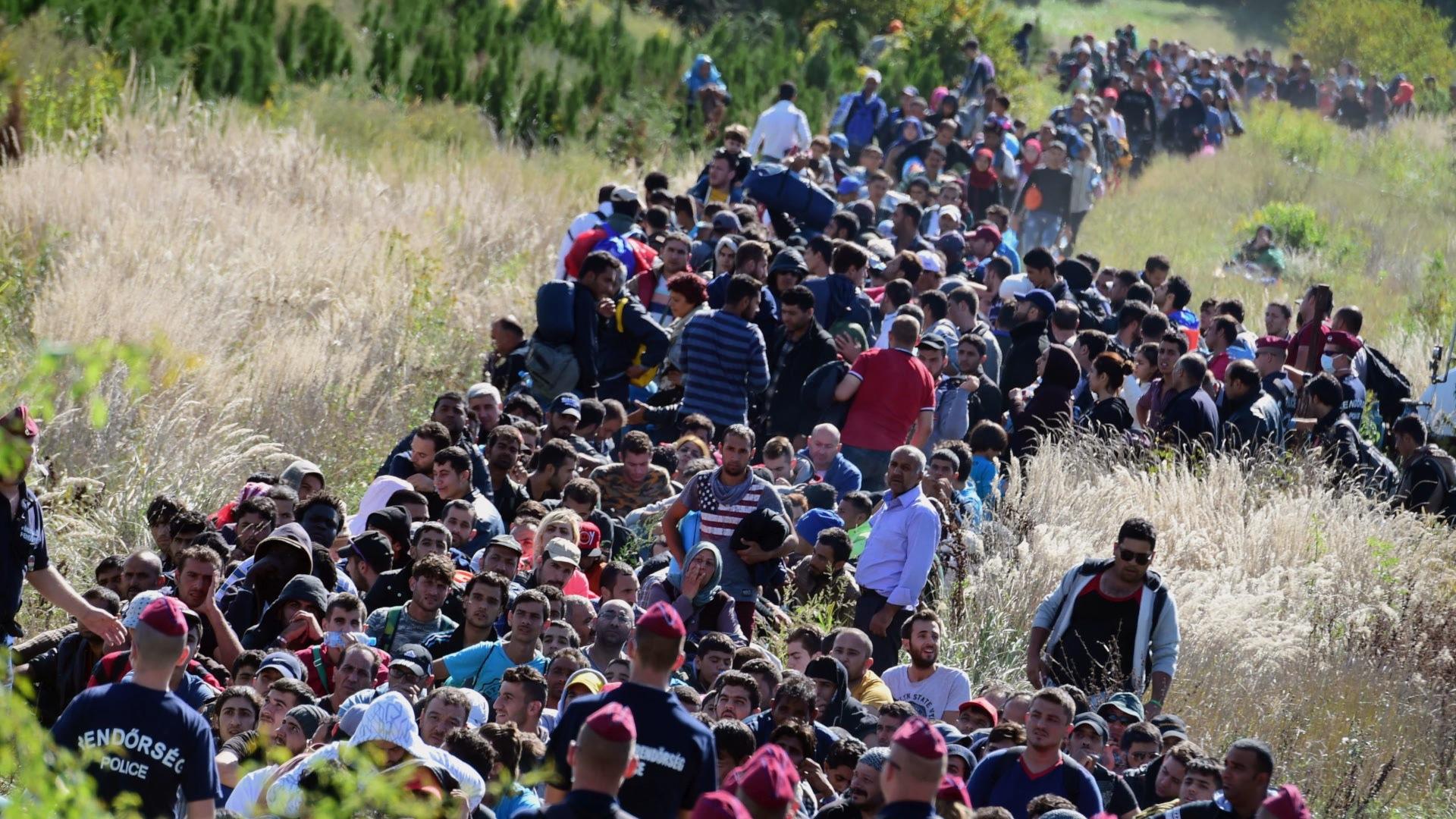 European leaders struggle over deep splits on migrant crisis efforts