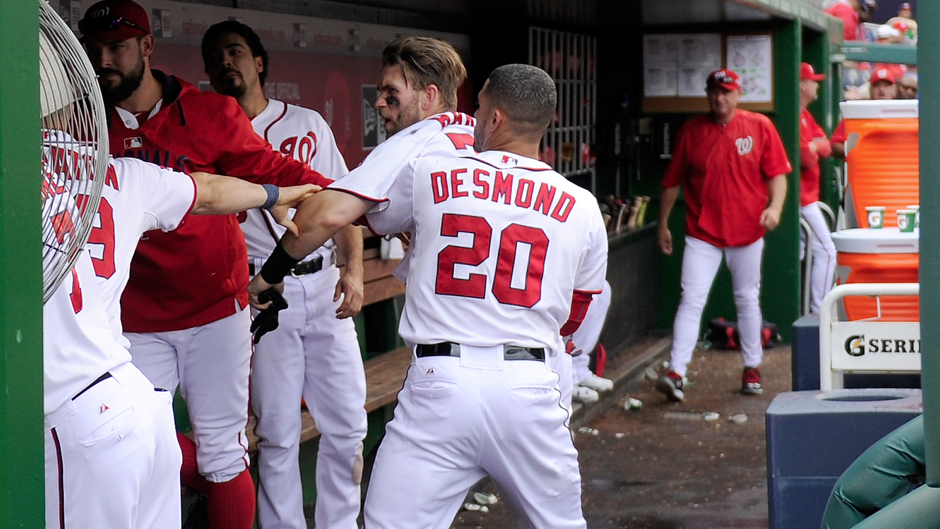 Nationals Suspend Papelbon For Dugout Fight With Harper