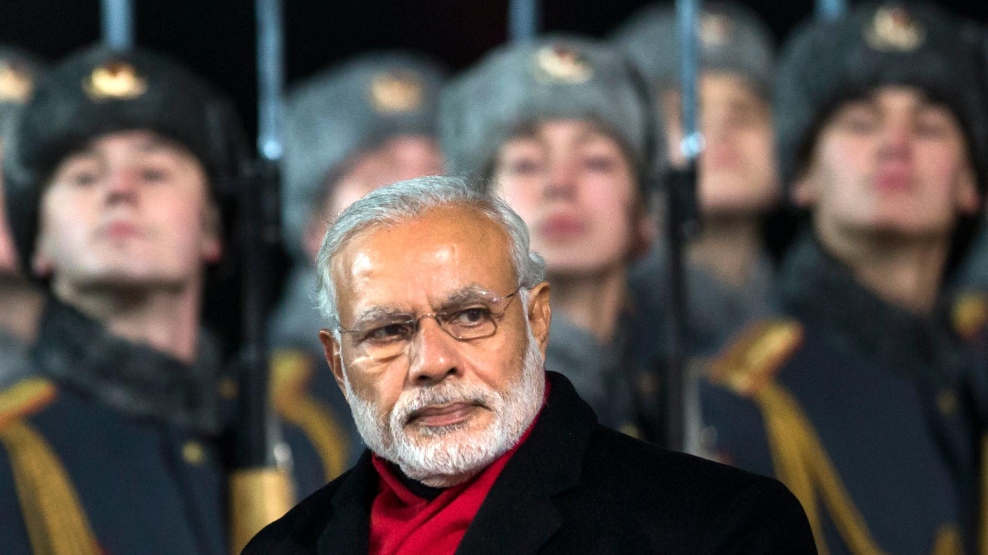 Putin, Modi vow closer ties as their governments sign defense, energy deals