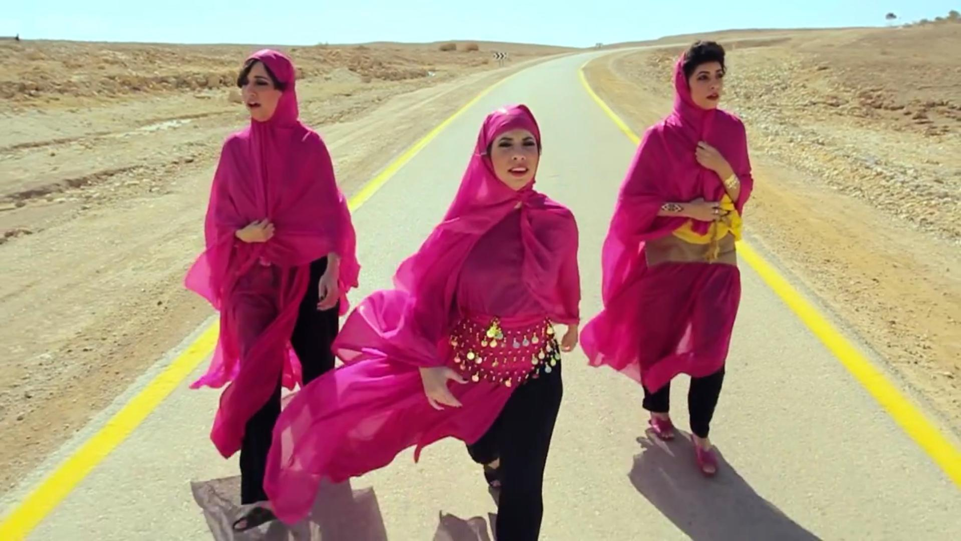 These singing sisters are wildly popular in Yemen. And they're Israeli Jews.