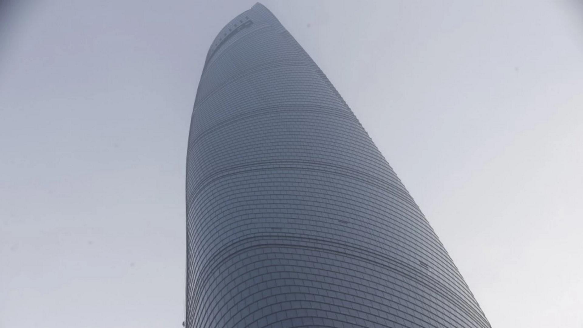 The world's tallest buildings may come with a curse
