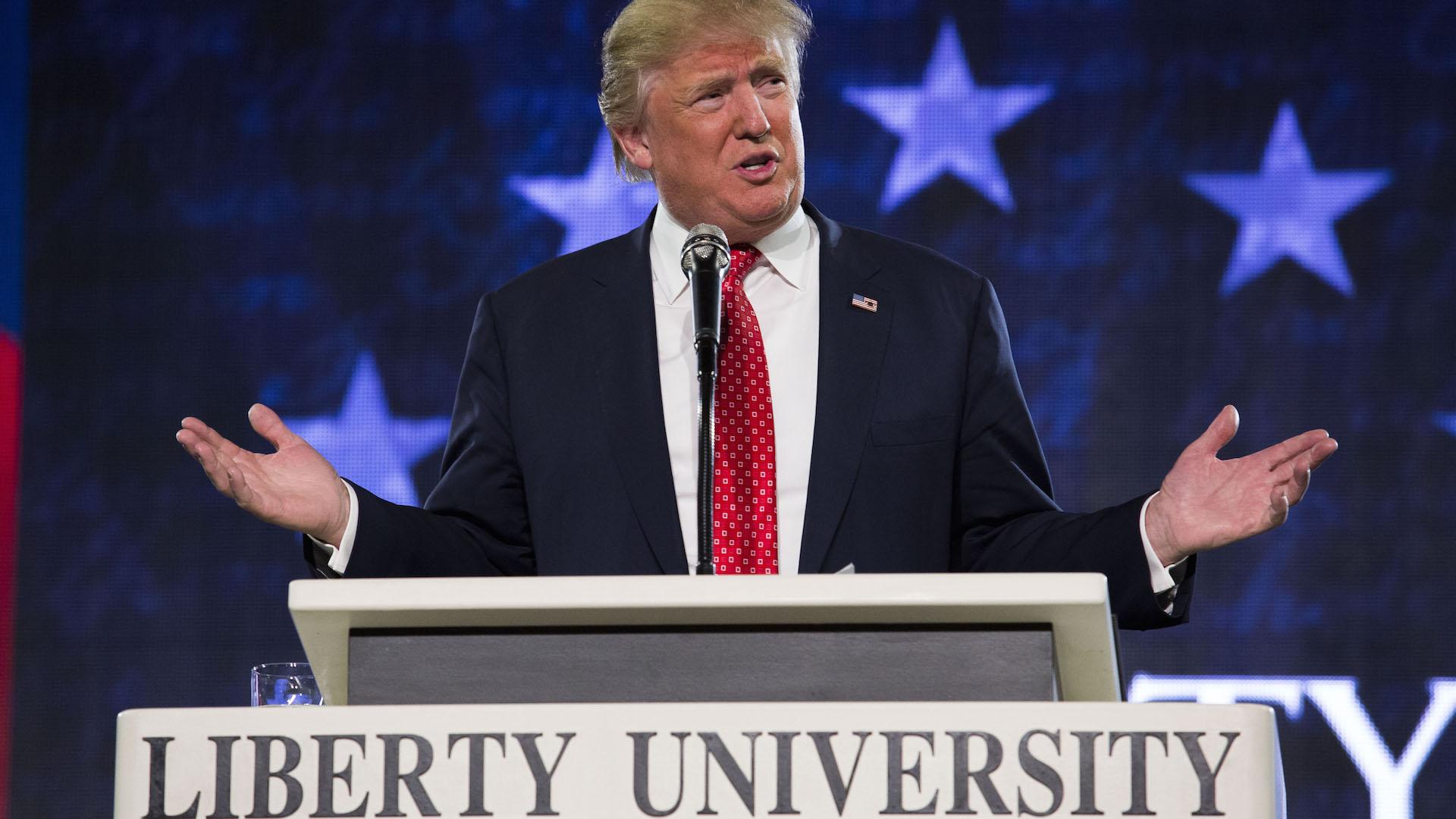 Evangelical leader Jerry Falwell Jr. endorses Trump