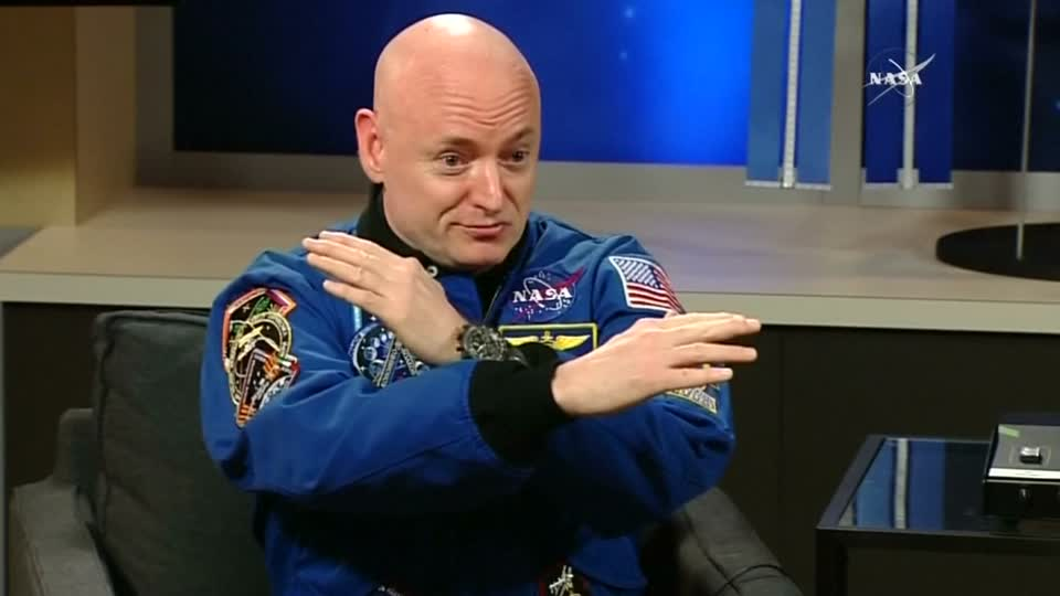 NASA Kelly twins study shows harsh effects of space flight and a brutal return to Earth
