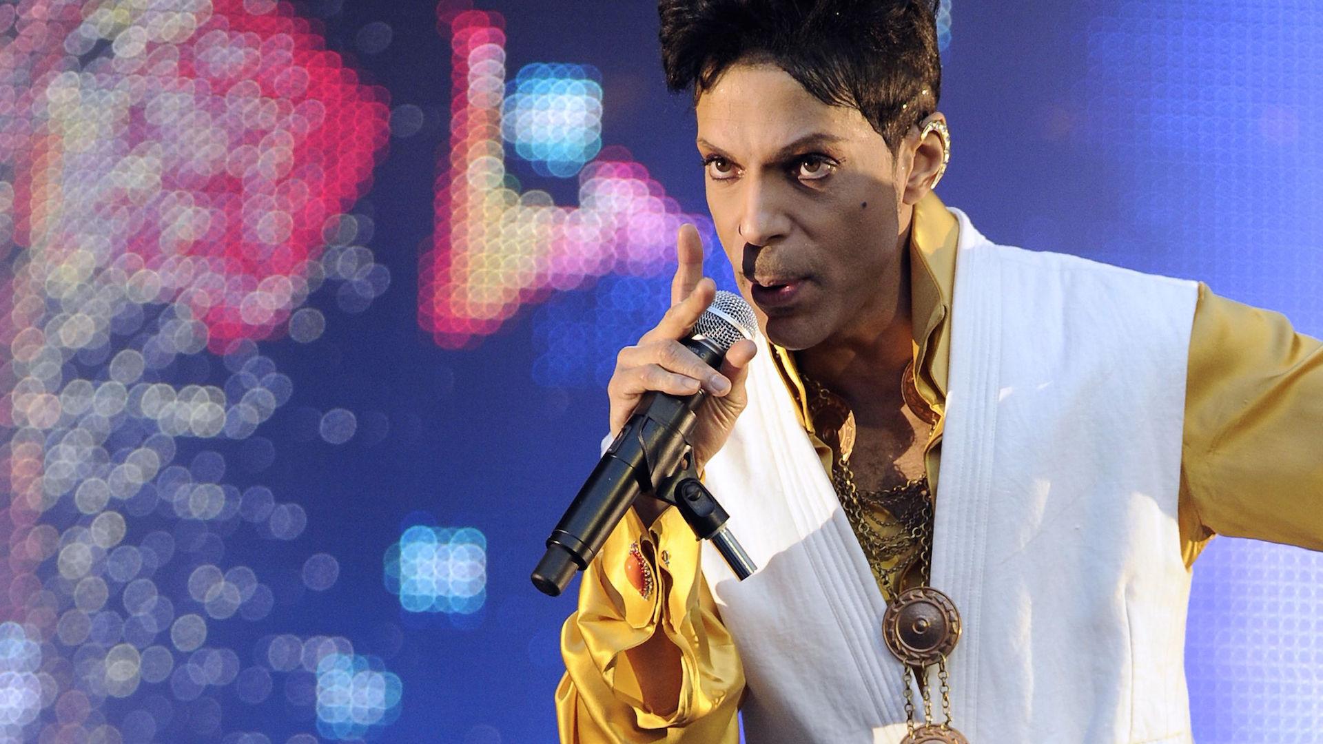 'Defying description': ZZ Top's Billy Gibbons on Prince the 'sensational' guitarist