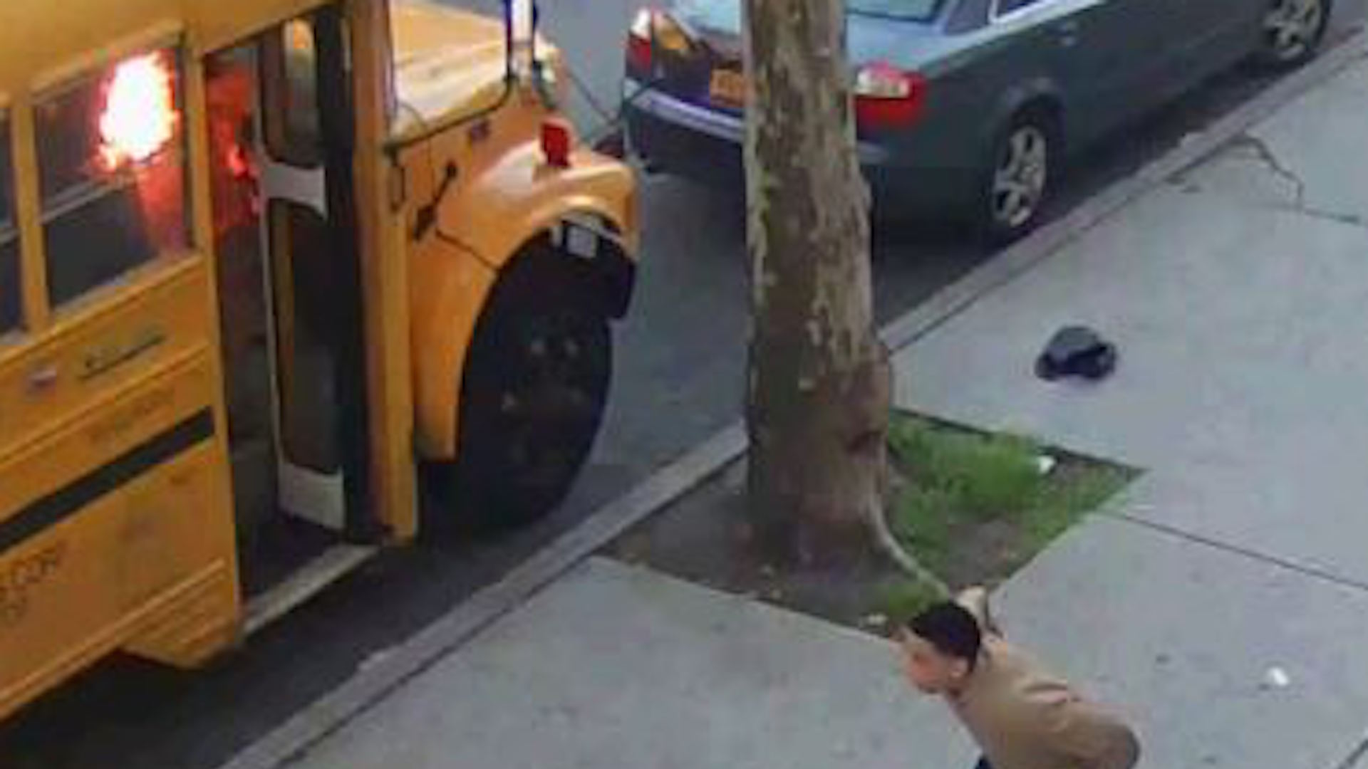 A Jewish school bus — and old tensions — allegedly set aflame by young black males in N.Y. neighborhood