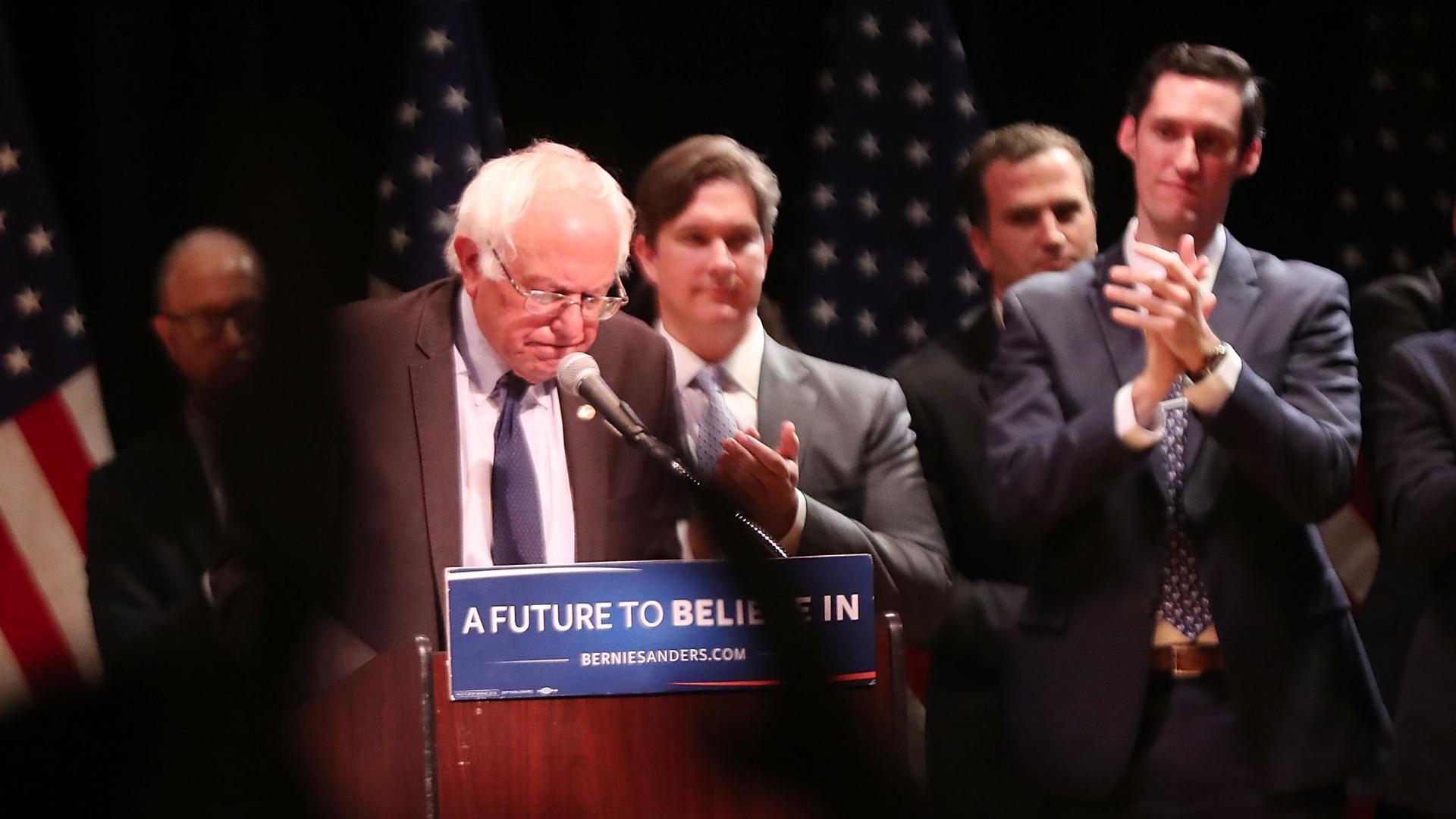 Bernie Sanders's stubbornness is a big mistake