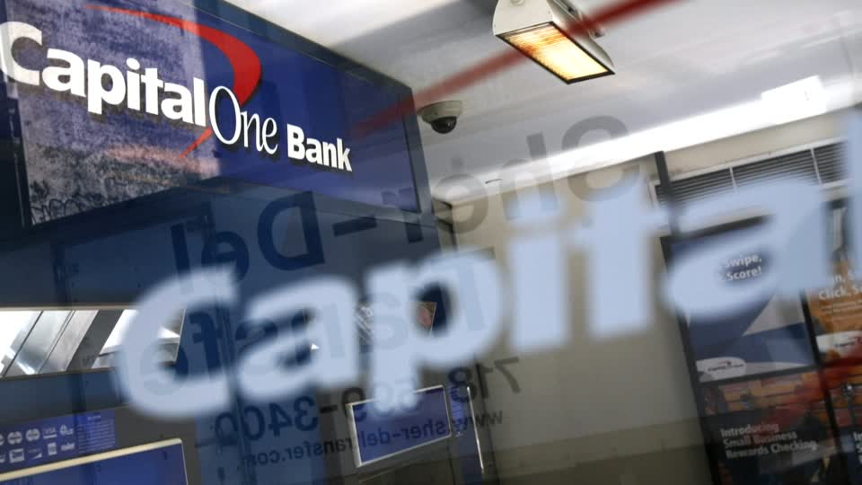 Capital One says data breach affected 100 million credit card applications